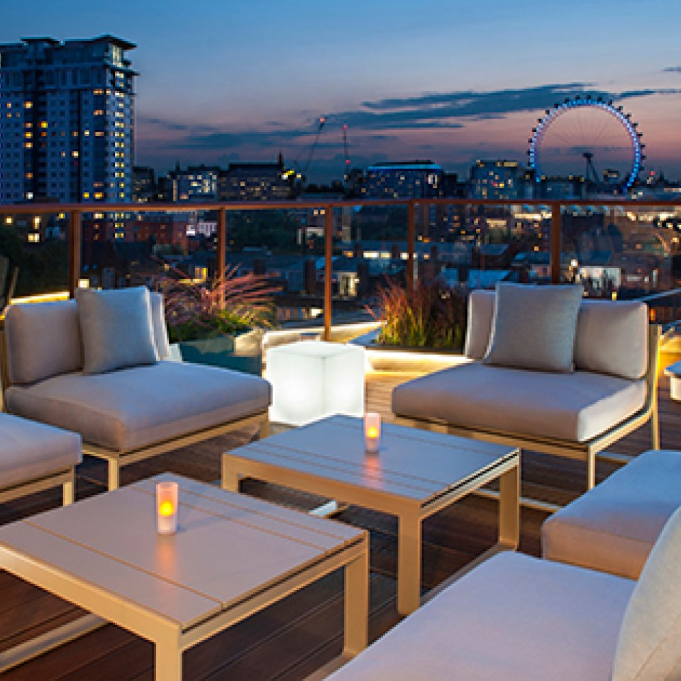 seven-course-tapas-cocktails-for-two-at-h10-waterloo-sky-bar