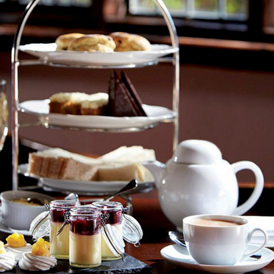 afternoon-tea-for-two-at-rowhill-grange