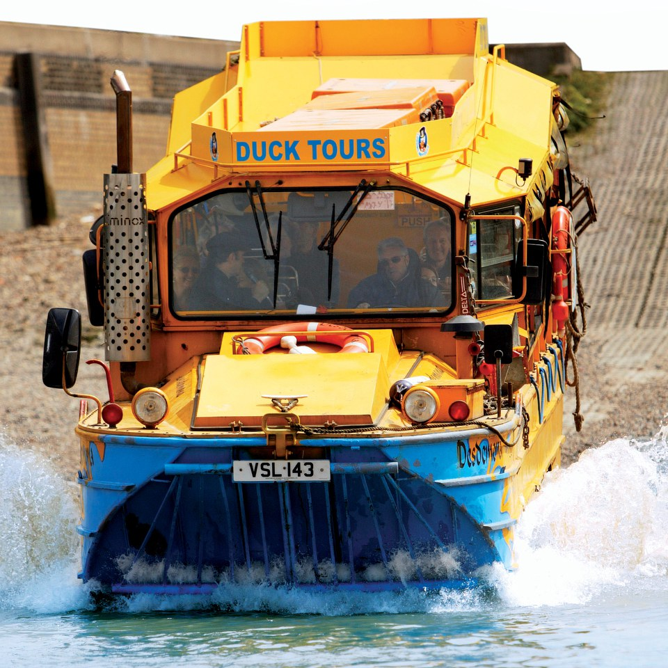 an-amphibious-vehicle-tour-of-london-for-two