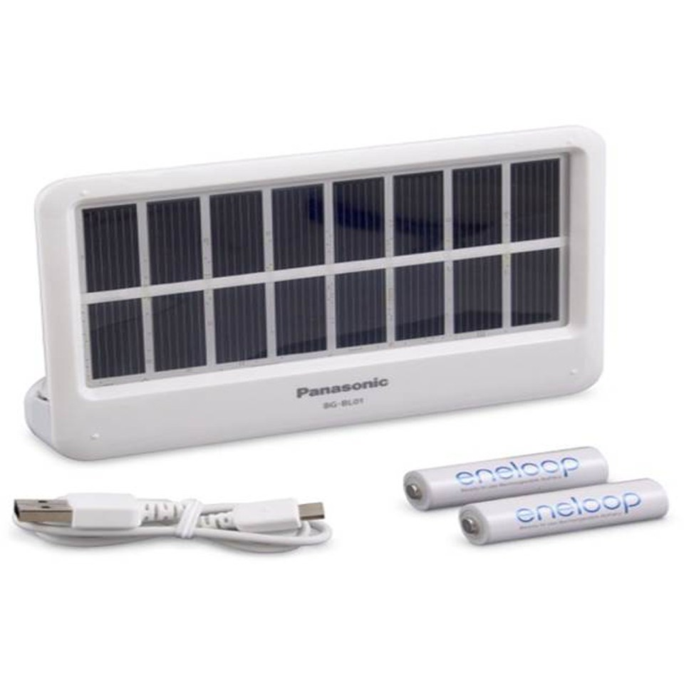 panasonic-bg-bl0aa-solar-charging-portable-power-bank-for-mobile-devices-white