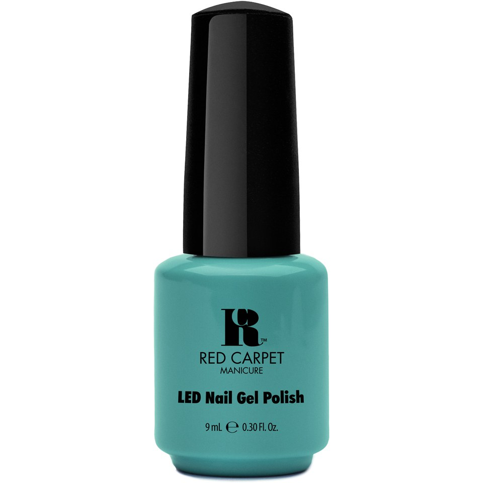 red-carpet-manicure-a-new-york-minute-light-green-creme-9ml