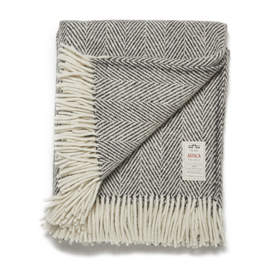 avoca-heavy-herringbone-throw-grey-142cm-x-183cm