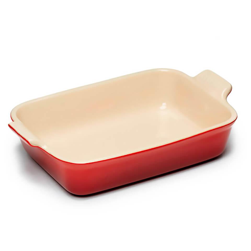 le-creuset-stoneware-medium-heritage-rectangular-roasting-dish-cerise