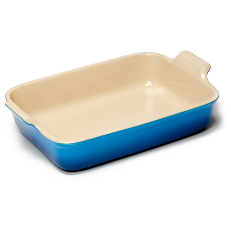 le-creuset-stoneware-large-heritage-rectangular-roasting-dish-marseille-blue