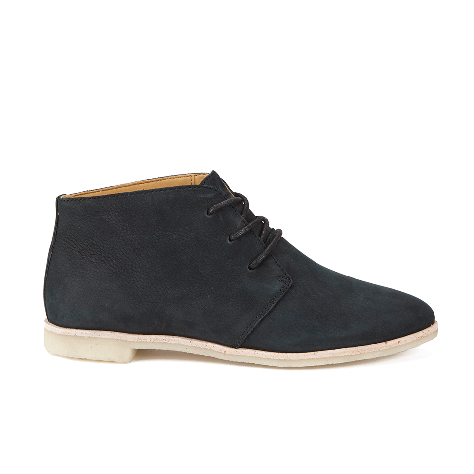 clarks-originals-women-phenia-desert-boots-black-3