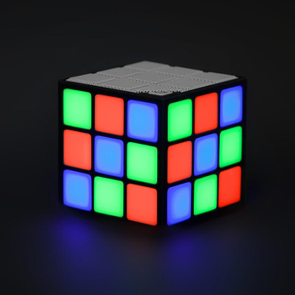 Ausgefallengadgets - LED Cube Speaker - Onlineshop Sowas Will Ich Auch