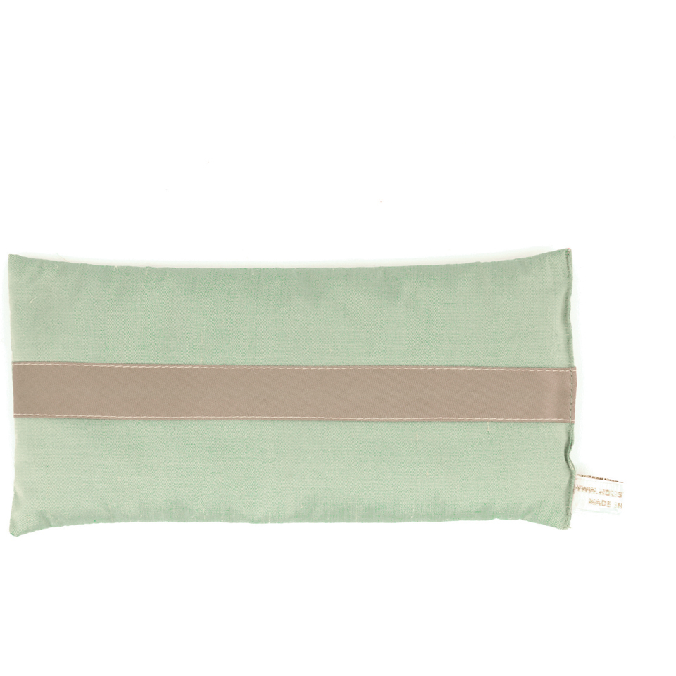 holistic-silk-lavender-eye-pillow-jade