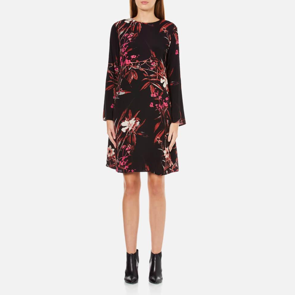 gestuz-women-demi-printed-dress-with-bell-sleeve-blackpink-flower-print-36-8