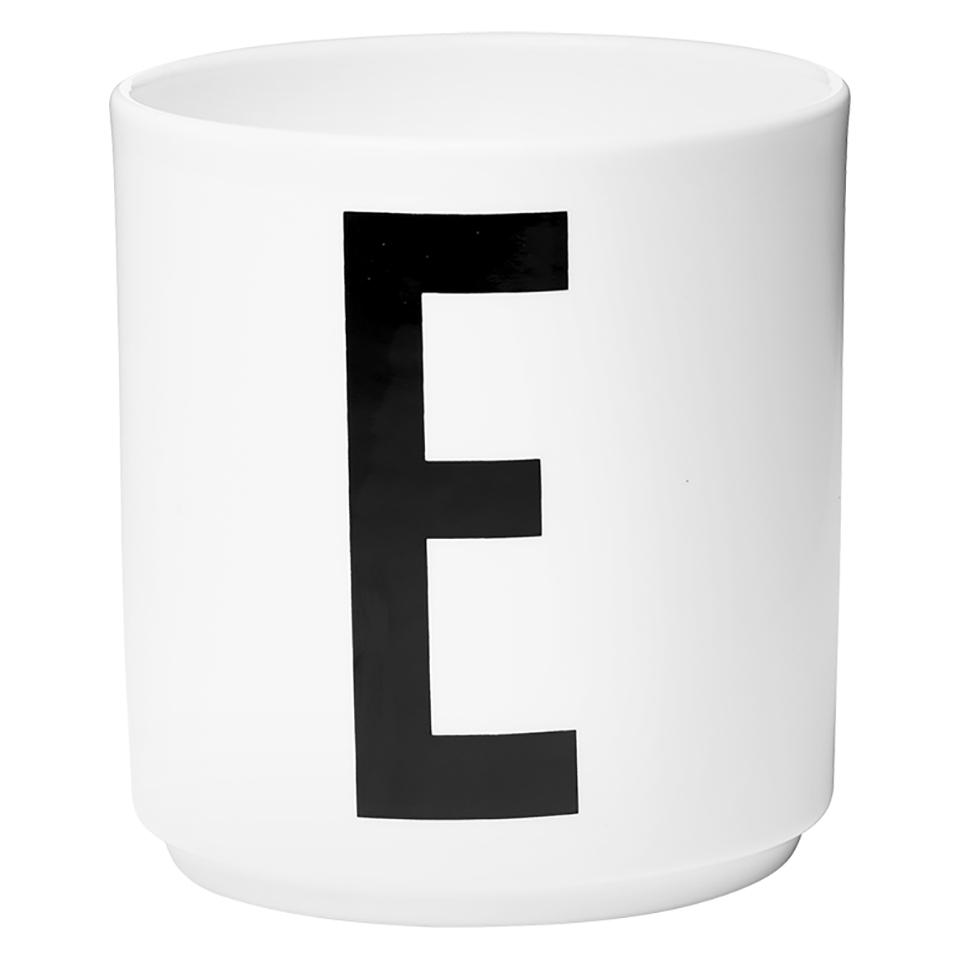 design-letters-porcelain-cup-e