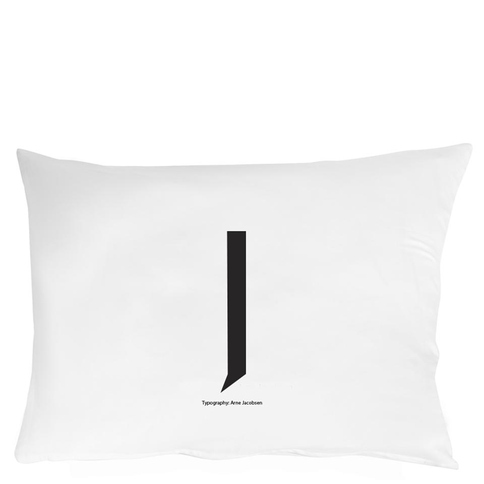 design-letters-pillowcase-70x50-cm-j