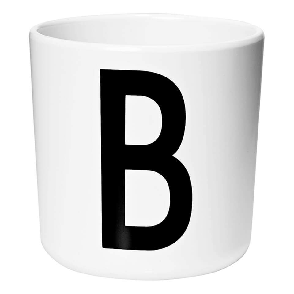 design-letters-kids-collection-melamin-cup-white-b