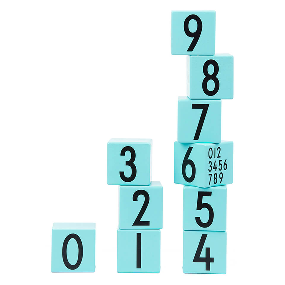 design-letters-kids-collection-wooden-cubes-0-9-turquoise