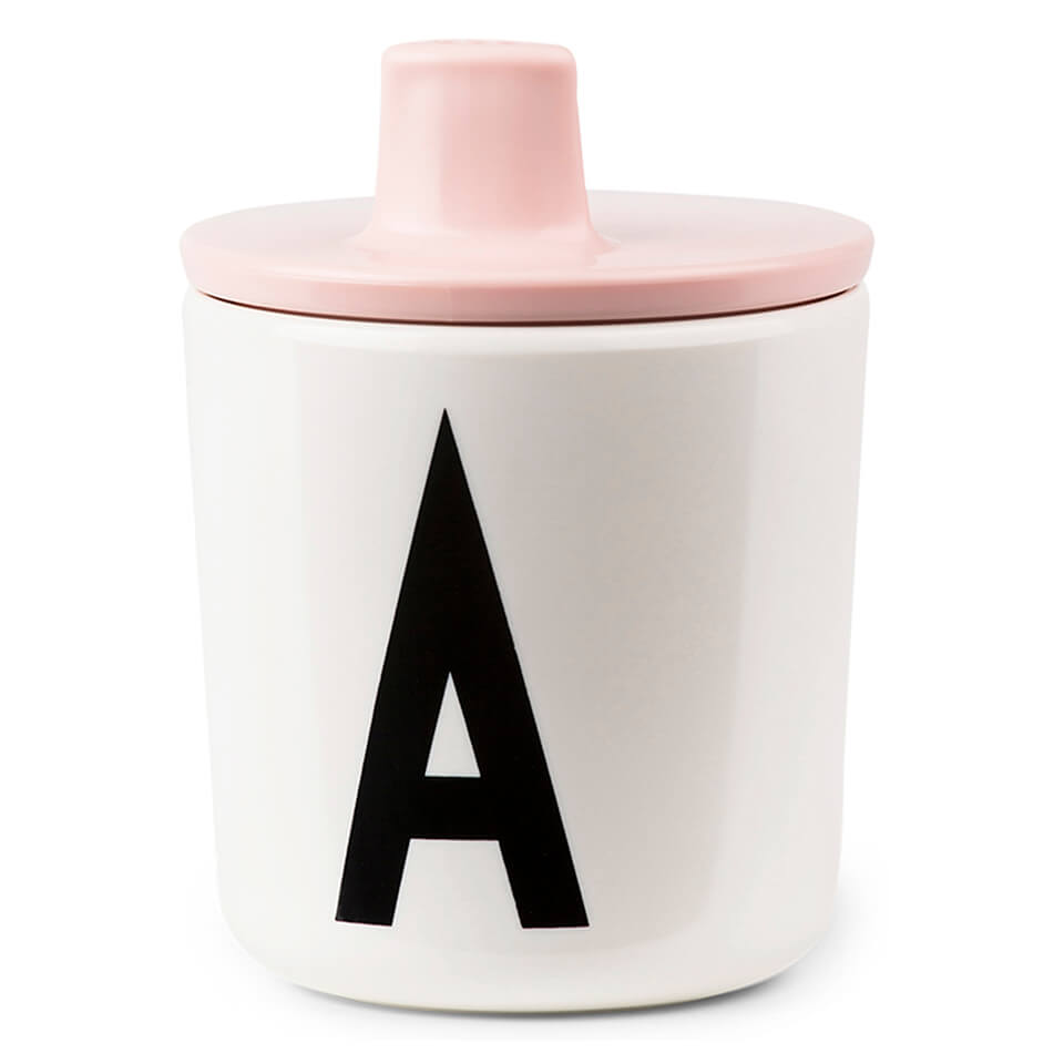 design-letters-kids-collection-drink-lid-pink