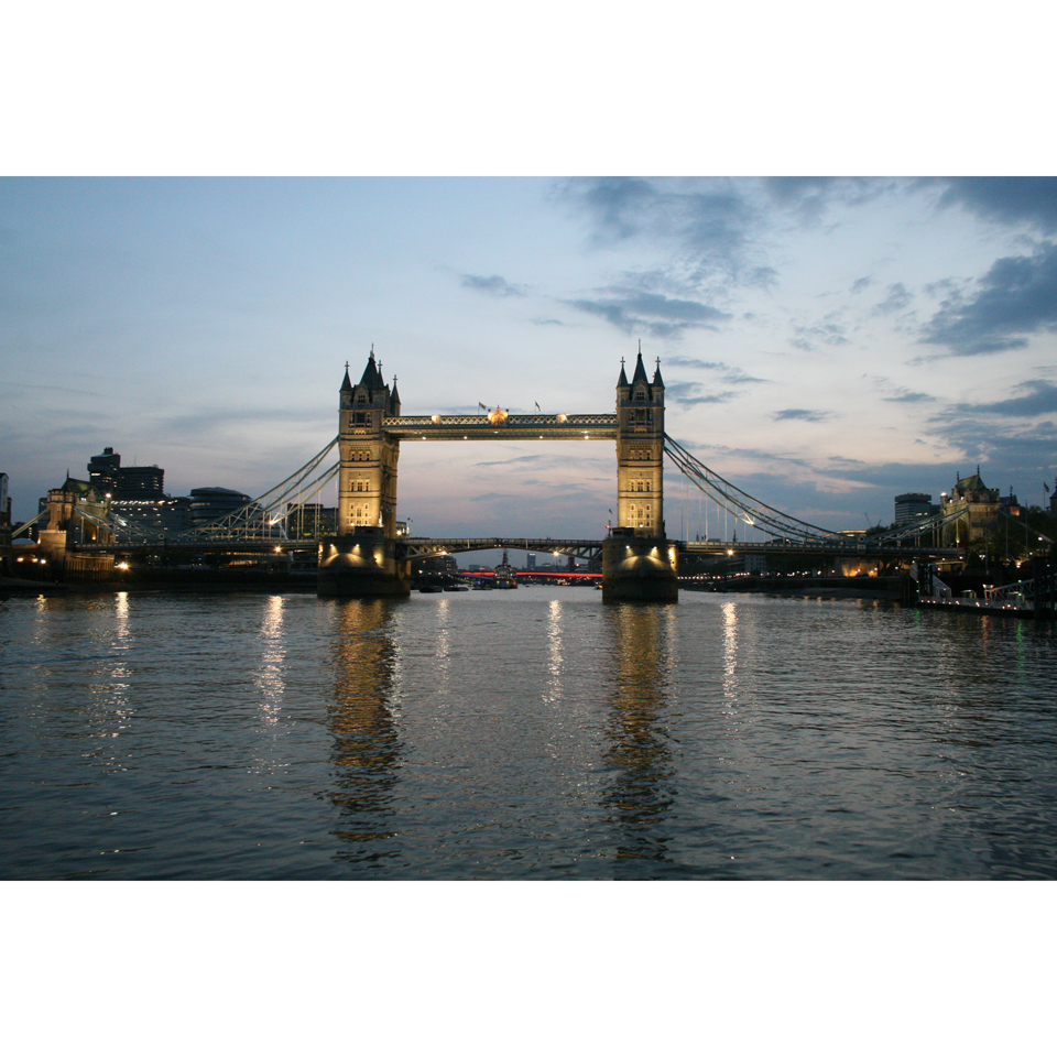 lunch-cruise-on-the-thames-for-two-special-offer