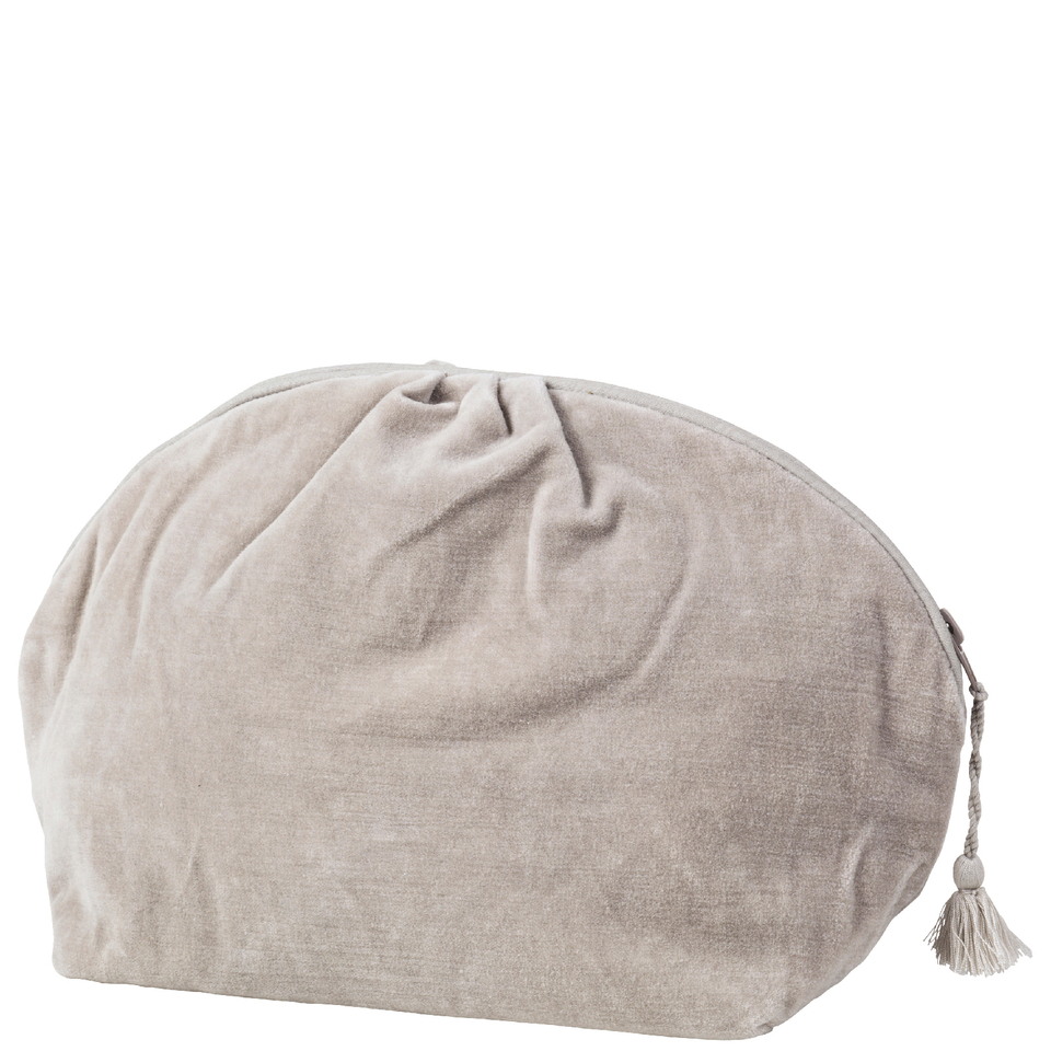 broste-copenhagen-cosmetic-bag-dove