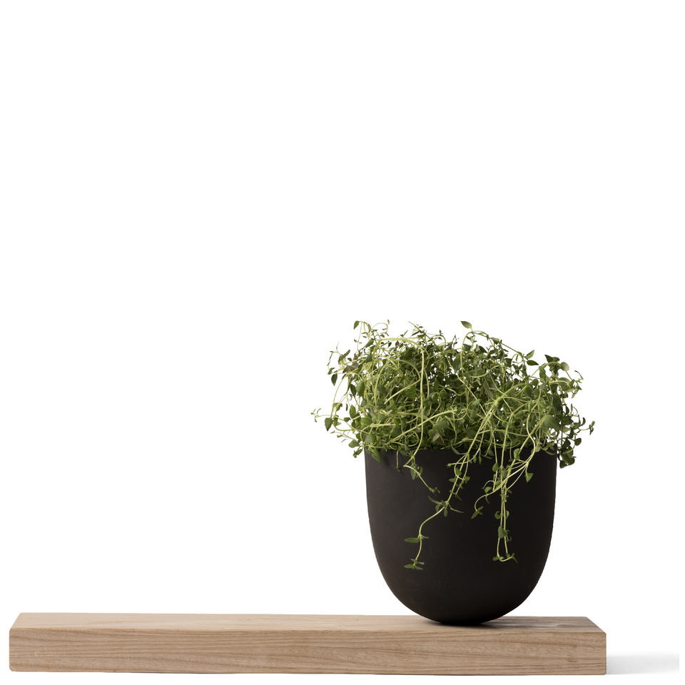 menu-grow-pot-with-wooden-board