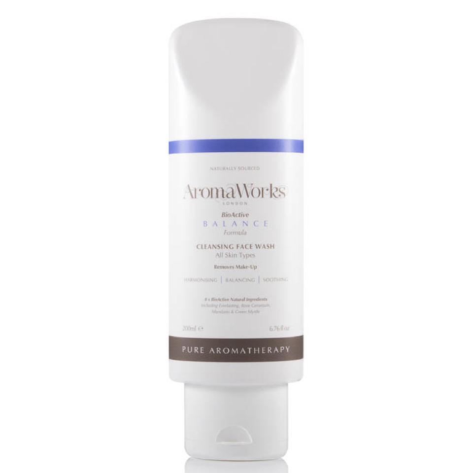 aromaworks-balance-face-wash-200ml