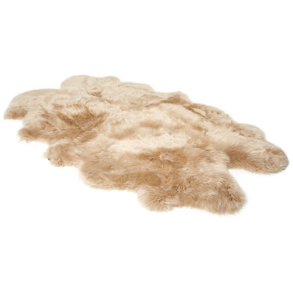 ugg-sheepskin-area-rug-quarto-sand