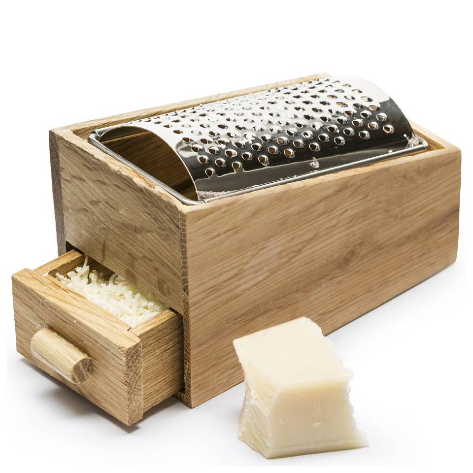 sagaform-oval-oak-cheese-grater