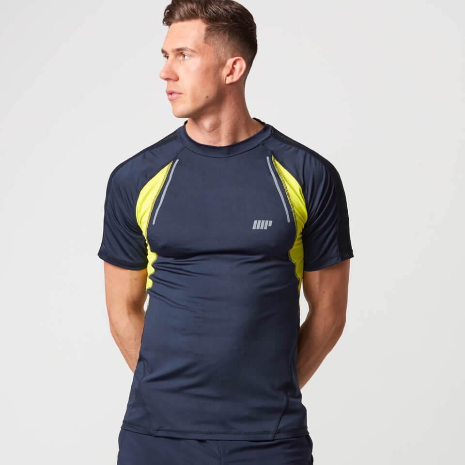 Foto T-Shirt da Calcio Strike - S - Nero Myprotein Camicie e top