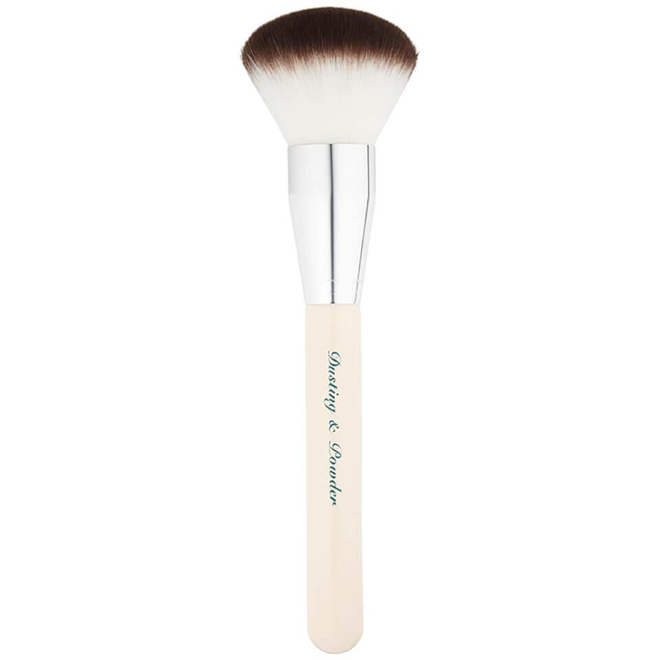 the-vintage-cosmetics-company-dusting-powder-brush
