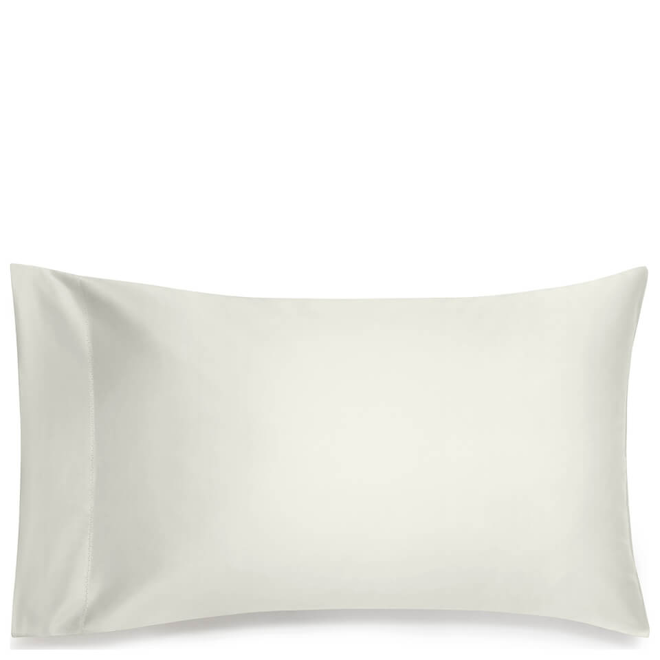 calvin-klein-ck-sateen-cream-pillowcase