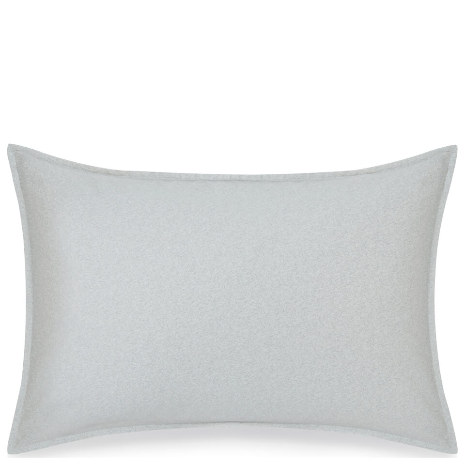 calvin-klein-nocturnal-spectrum-pillowcase