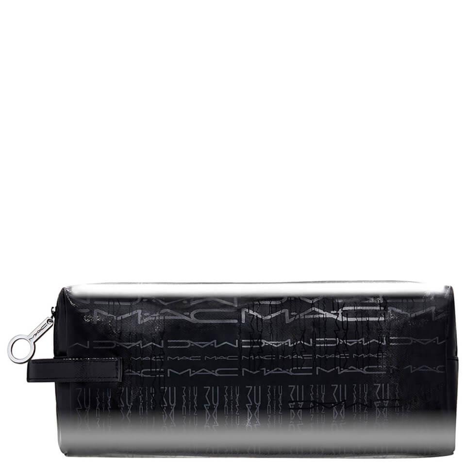 mac-signature-m-a-c-rectangle-make-up-bag-medium