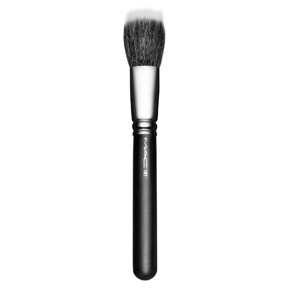 mac-187-stippling-face-brush