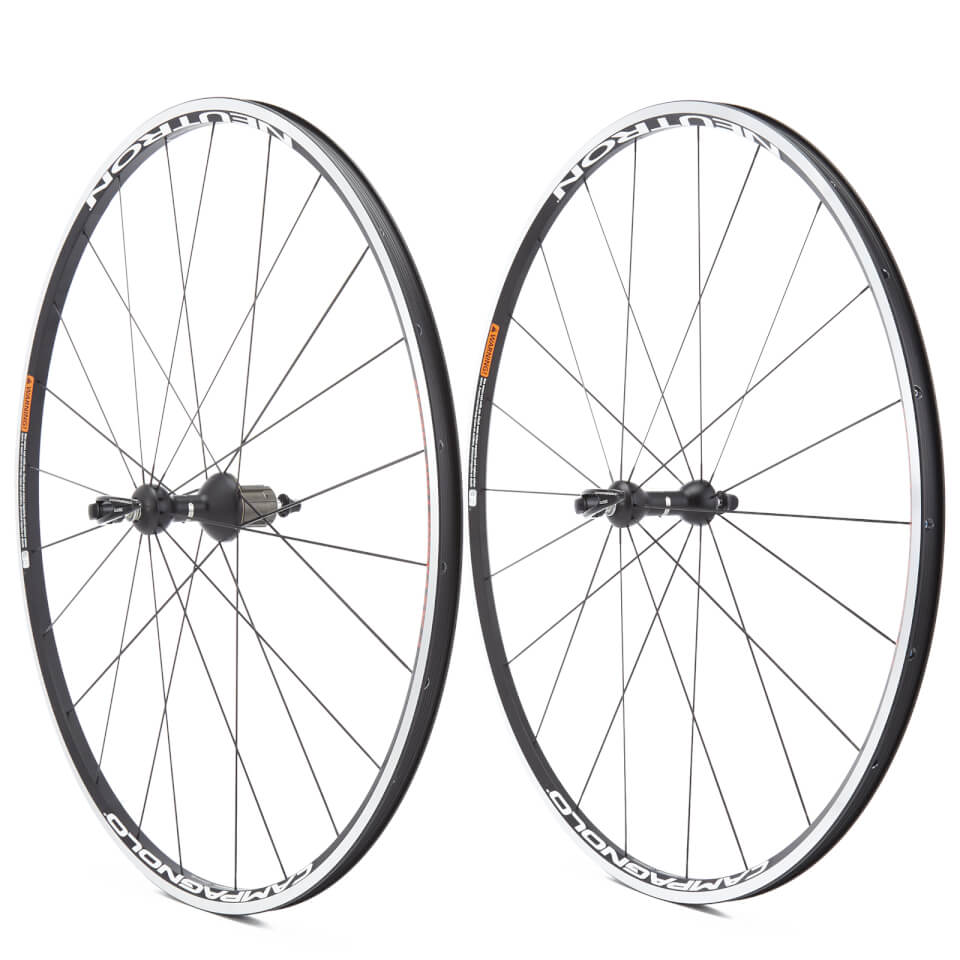 campagnolo-neutron-clincher-wheelset-2018-shimanosram-bright-label