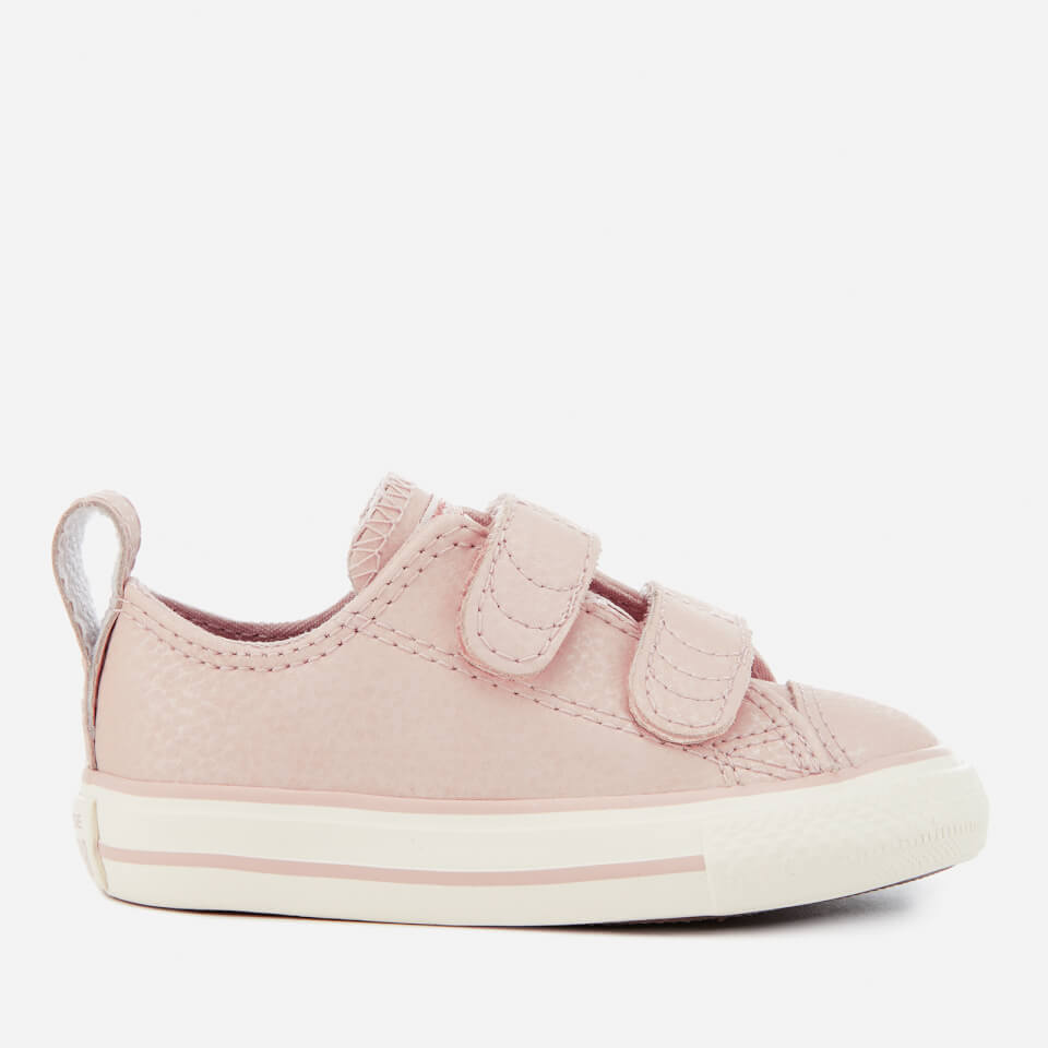 ba82866b577 Converse Toddlers  Chuck Taylor All Star 2V Ox Trainers - Particle Beige  Egret Rose Gold Junior Clothing
