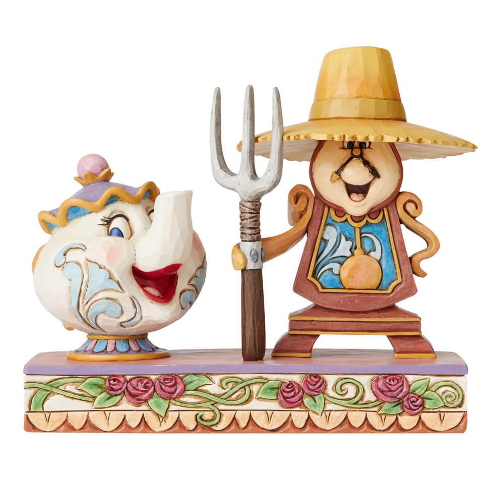 Nützlichfanartikel - Disney Traditions Workin' Round the Clock (Mrs. Potts and Cogsworth Figurine) 13.0cm - Onlineshop Sowas Will Ich Auch