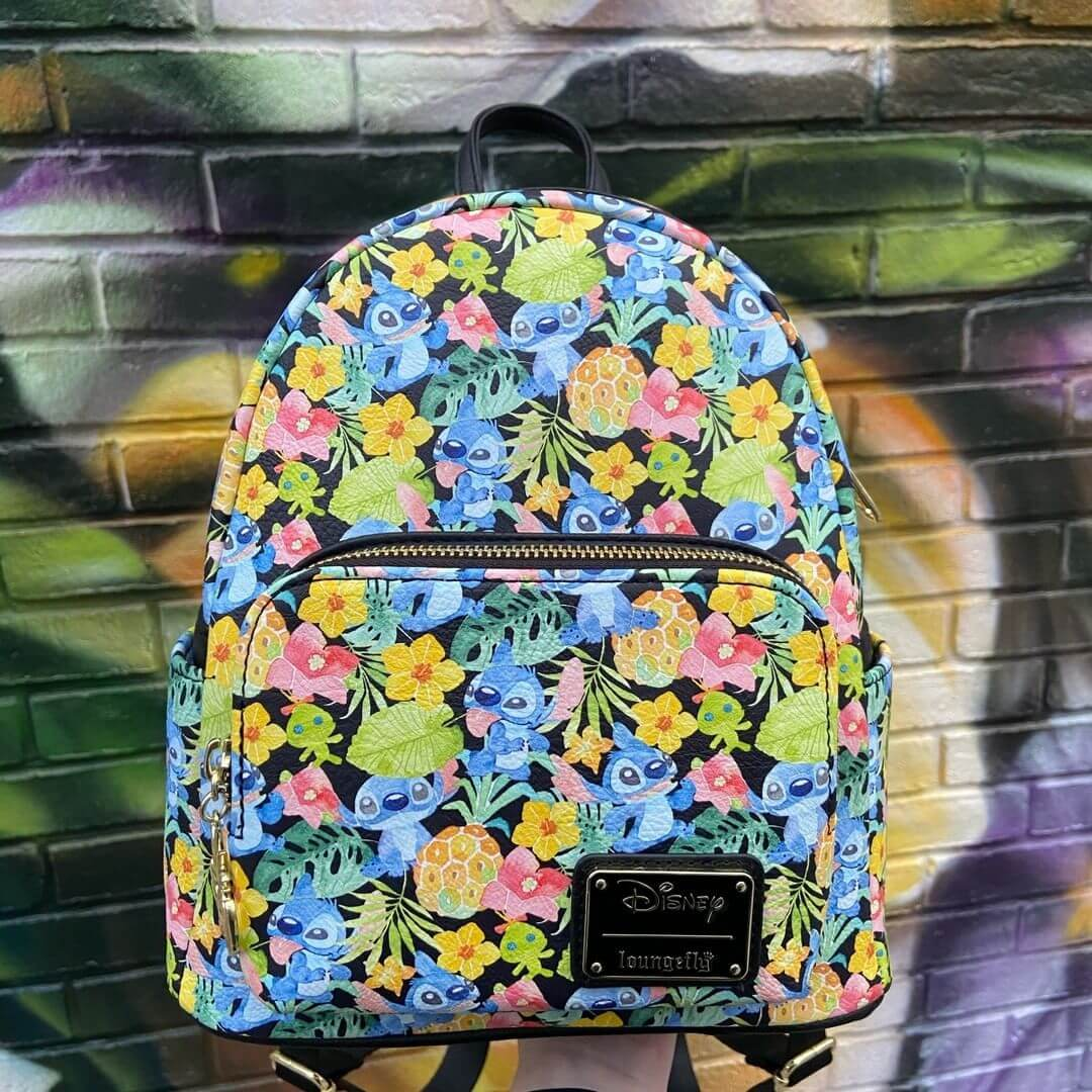 Bring your favourite fandoms to your wardrobe with these incredible bags and rucksacks!<br><b>📸:@veryneko</b>