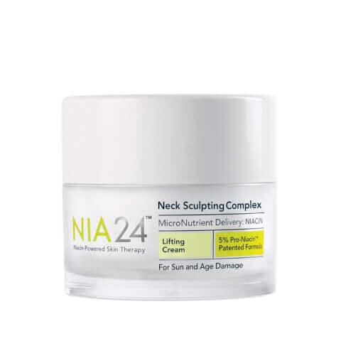 <center>Nia 24