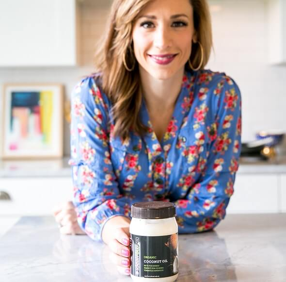 Lisa Introduces IdealRaw Organic Coconut Oil