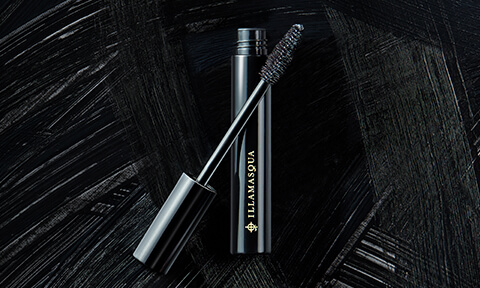 Introducing Masquara By Illamasqua. The darkest black, with the glossiest finish, in an intense thickening and lengthening formulation.