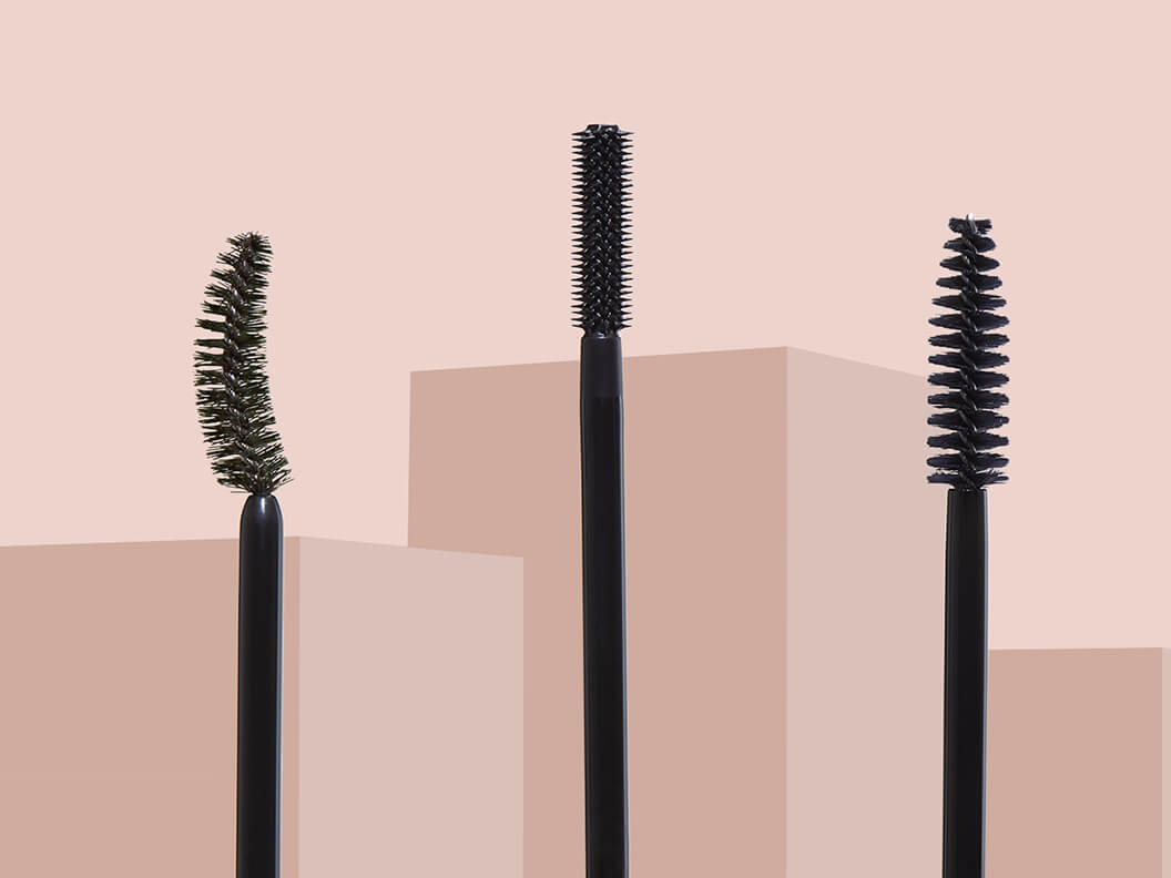 TAKE LASHES TO NEW LENGTHS