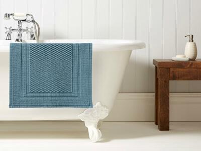 Handtücher und Badematten