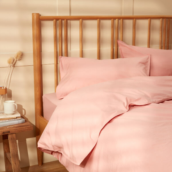 The Bedding Buying Guide & Care Guide