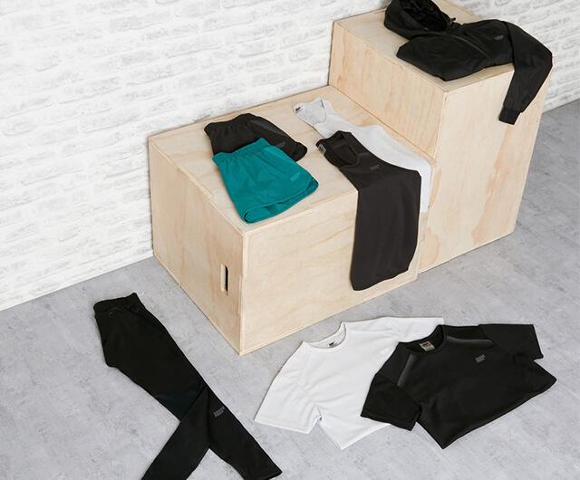 <b>CLOTHING</b>