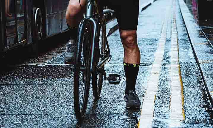 DISCOVER THE #1 WATERPROOF SOCK