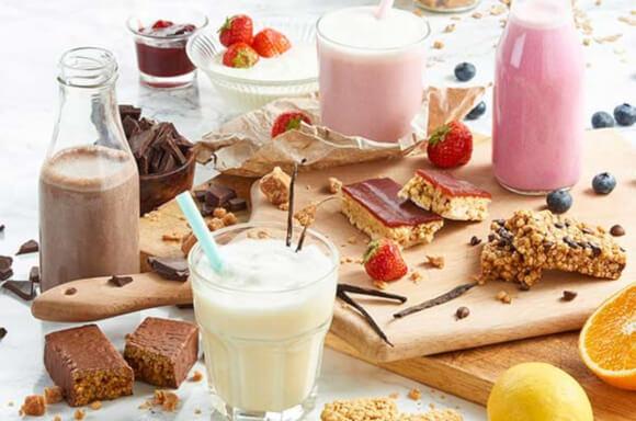 exante schoko shake, Erdbeermarmelade & Joghurt Riegel und Zitronen Pancakes