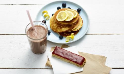 Barretta Fragola, Frullato Cioccolato e Pancake al Limone Exante Diet Italia
