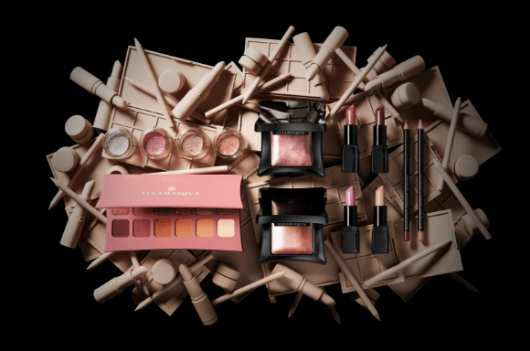 <b>NUDE COLLECTION</b>