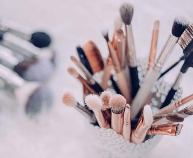 Brush Cleanse