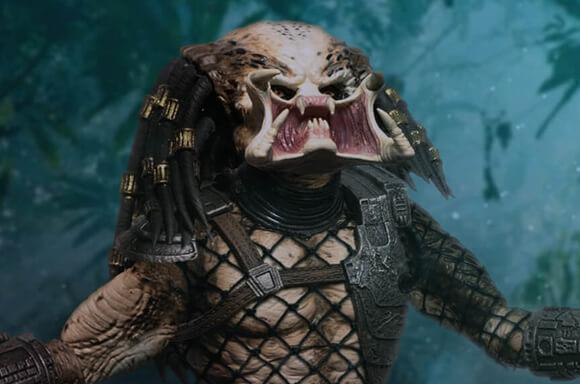 Mezco Predator Statue!
