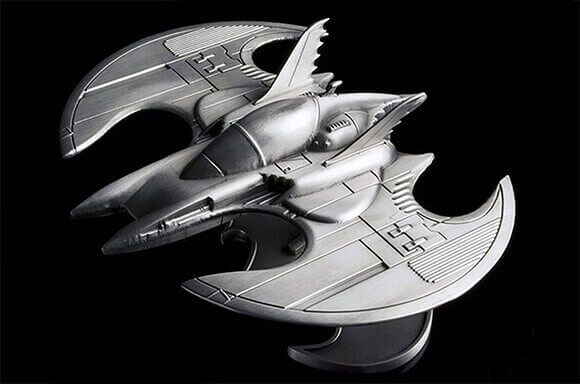 DC COMICS BATWING METAL REPLICA ONLY £14.99!